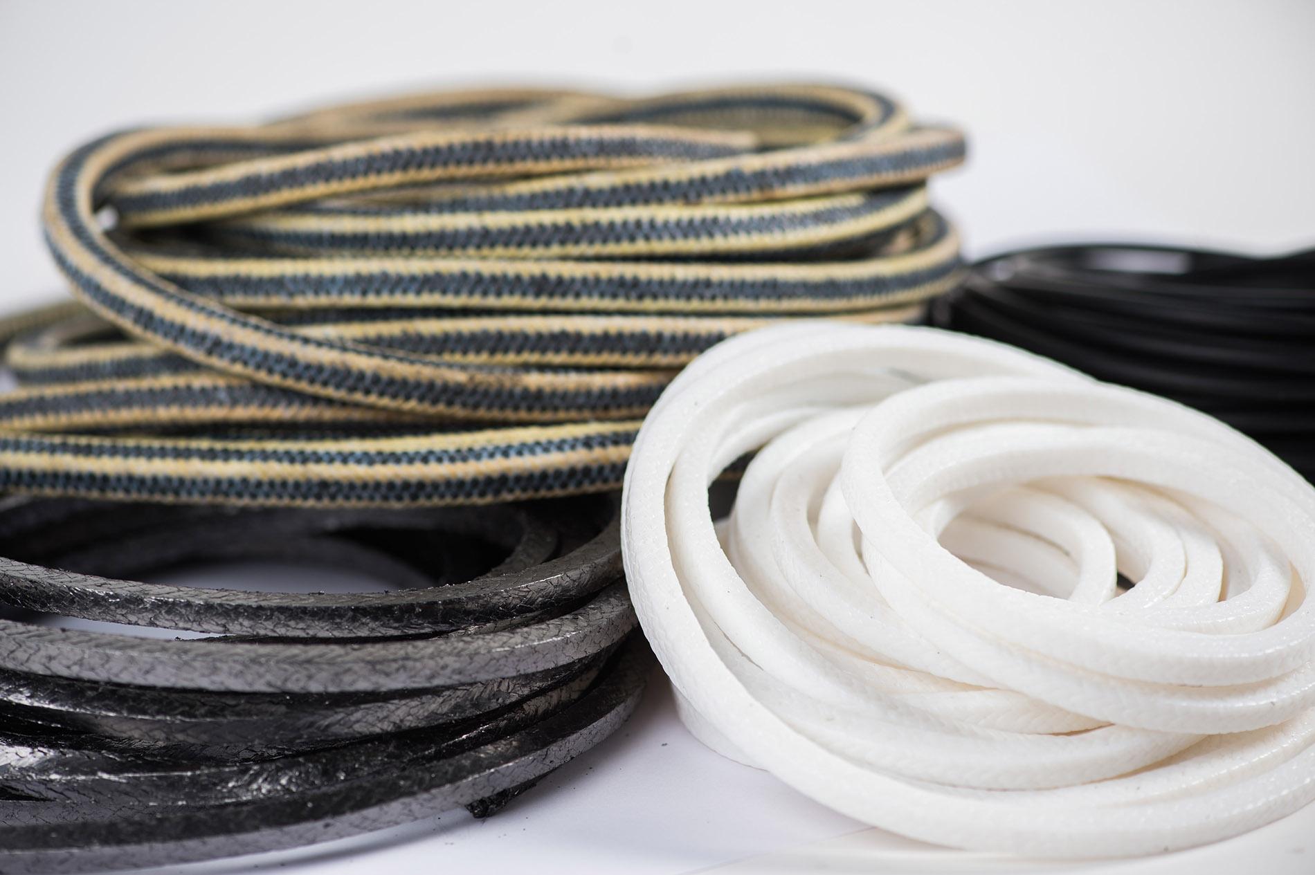 Ucpávkové šňůry a termoizolační textílie